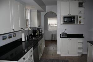 214-kitchen